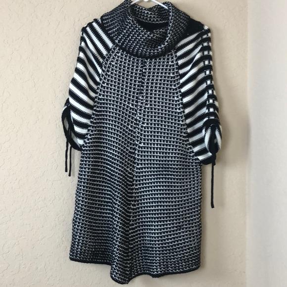 fashion Blvd Sweaters - ❤️❤️4/25 Fashion Blvd sweater